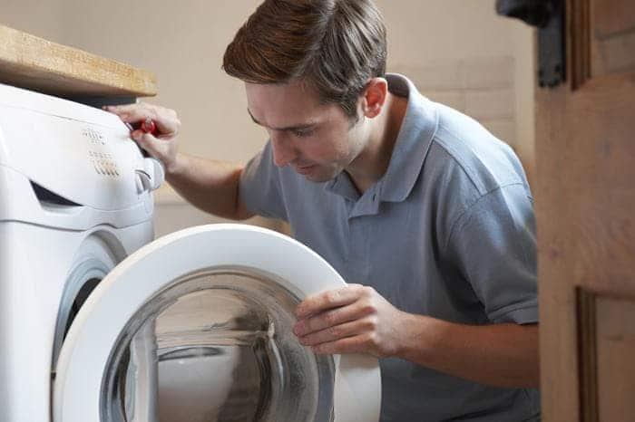 Top 7 nguyên nhân chính khiến máy giặt không vào nước ai cũng nên biết